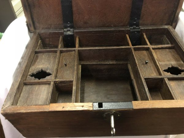 Large-Wooden-Compartmented-Box-383289171200-2