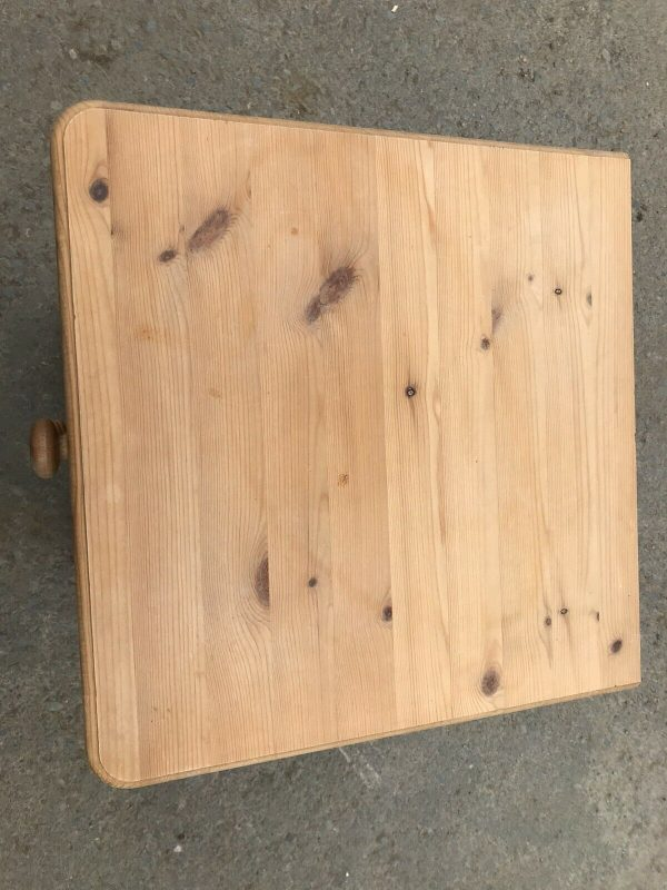 Solid-pine-bedside-drawers-265080980973-3