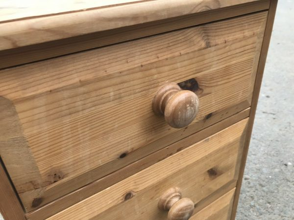 Solid-pine-bedside-drawers-265080980973-4
