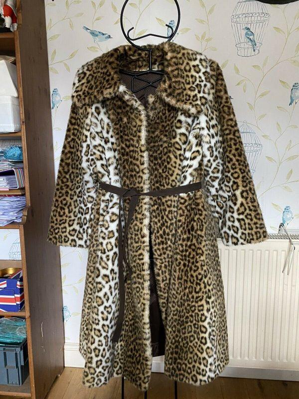 Stunning-Astraka-Faux-Snow-Leopard-Fur-Coat-384081091043-5