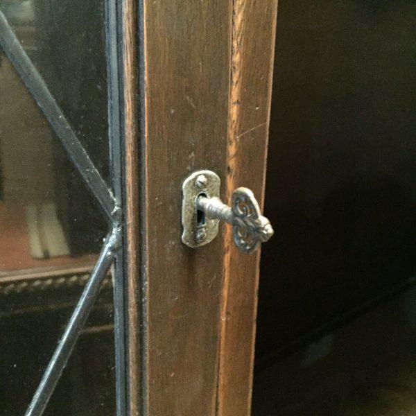 Large-Old-Charm-Dresser-383927657776-3