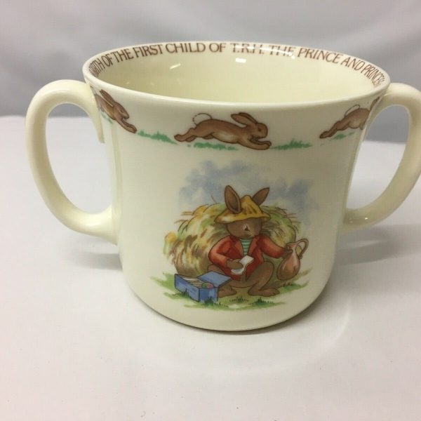 1982-Bunnykins-Commemorative-Loving-Cup-For-The-Birth-Of-Prince-William-383435046718-2
