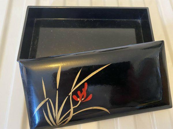 Japanese-Laquered-Box-Vintage-384074814659-2