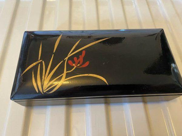 Japanese-Laquered-Box-Vintage-384074814659