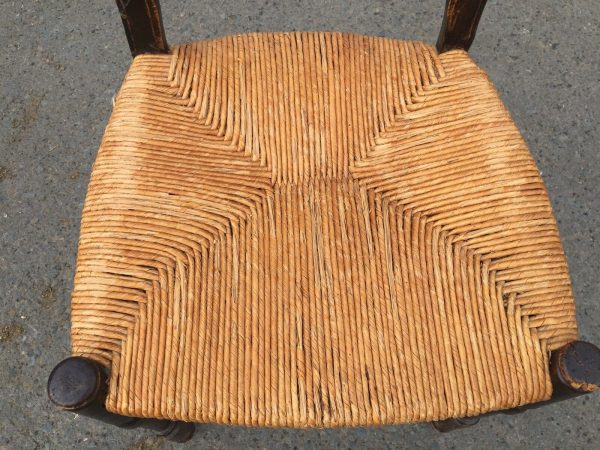 Set-Of-6-Unusual-Rush-Seated-Chairs-C1800-383617695109-9